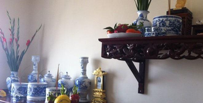 Khám phá ý nghĩa sâu xa của bát hương trên bàn thờ