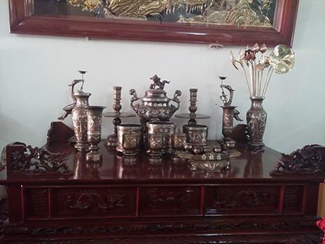 Bày trí đồ thờ cúng trên bàn thờ đúng phong thủy